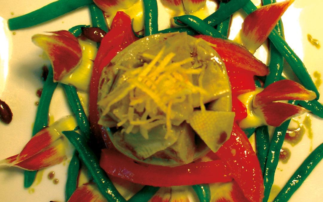 Artischocken-/Paradeisersalat mit Kürbiskernöl