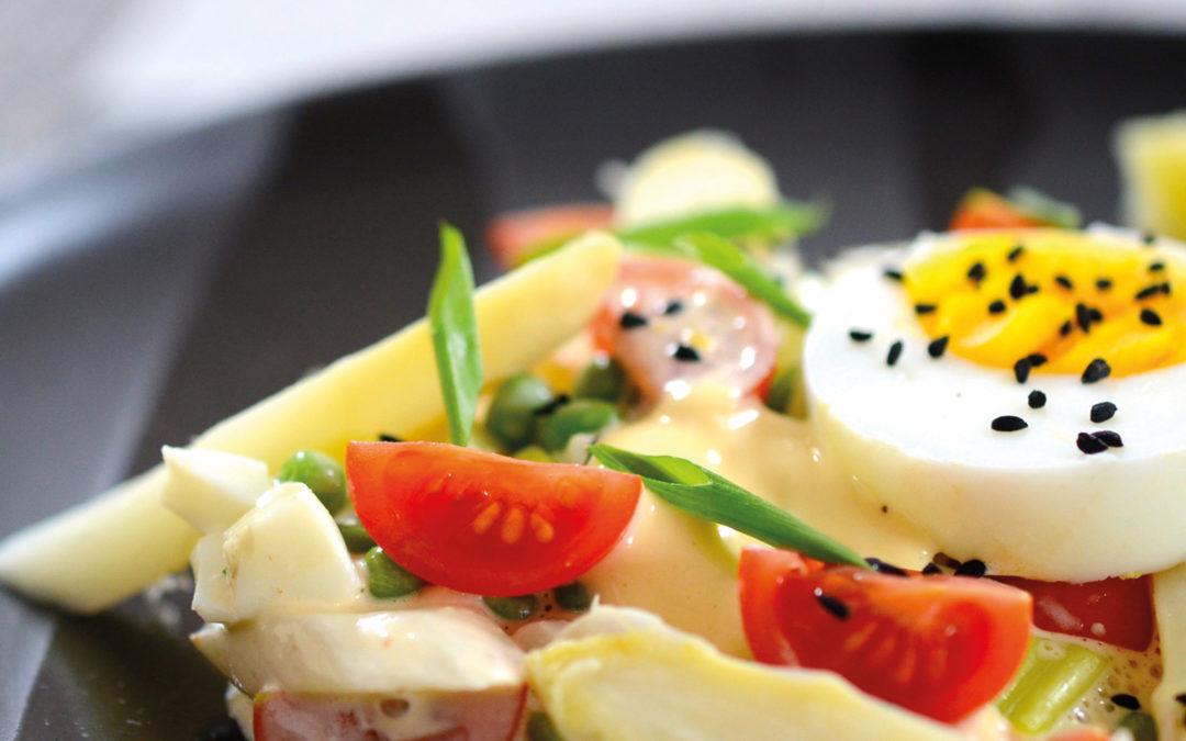 Spargelsalat mit Tomatenkernöl-Mayonnaise